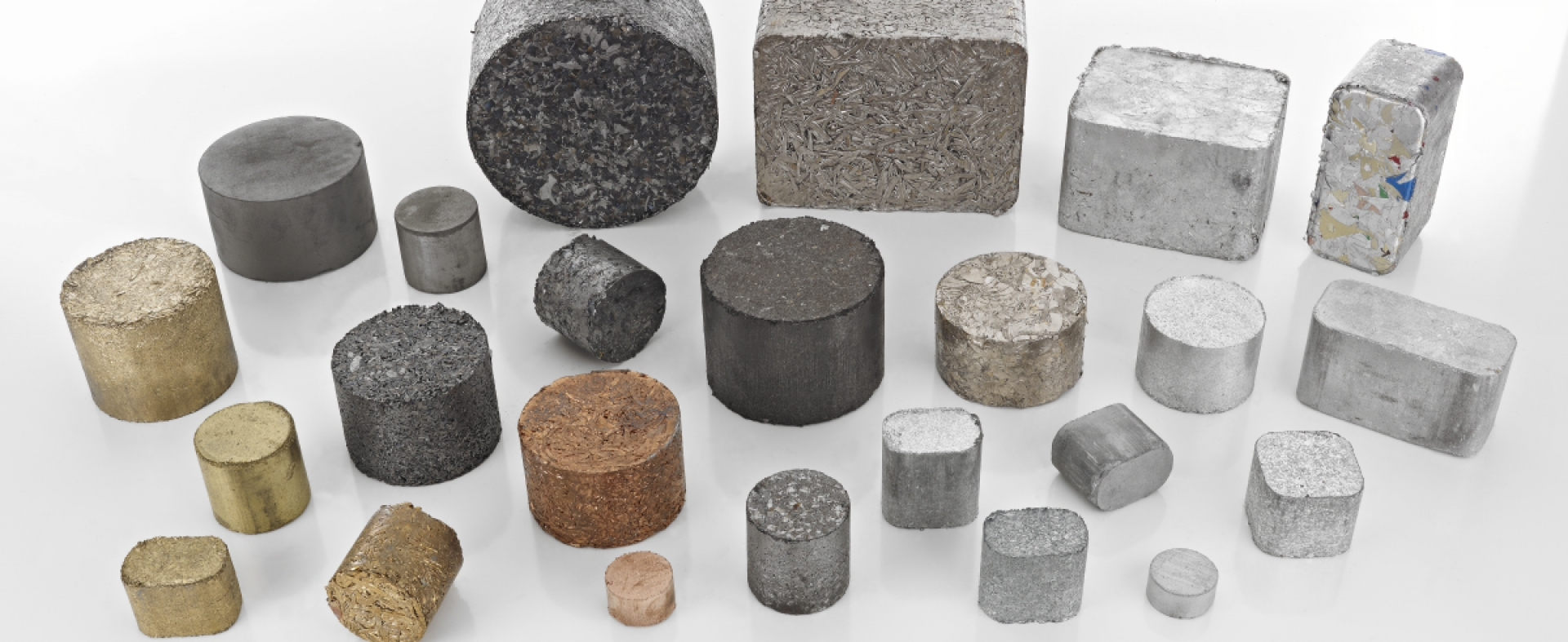 Briquettes from metal